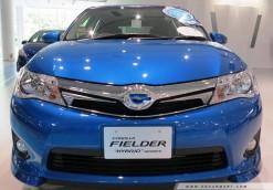 Toyota Corolla Fielder Hybrid (2)
