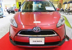 TOYOTA SIENTA 1.5A X MODEL NO LED LIGHT (1)